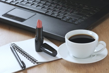 Saudi women online beauty products