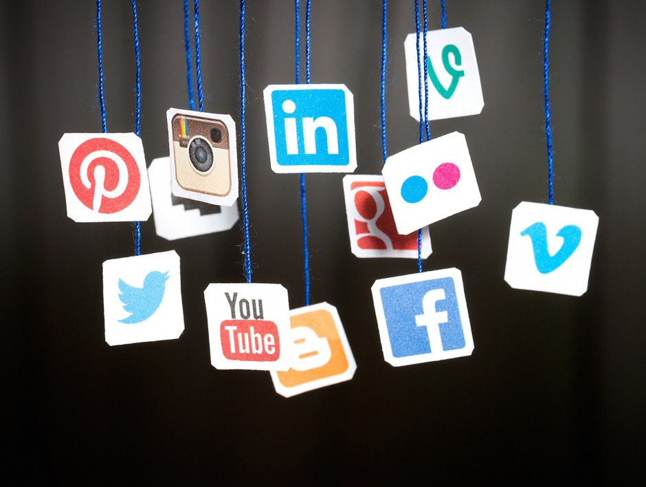 social-media-networks-icons-ss-1920